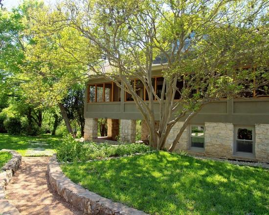 The Lodge (Austin)